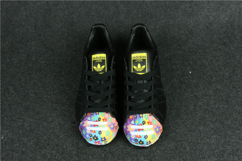 Womes Adidas Superstar 80s Metal Toe Black Flowers